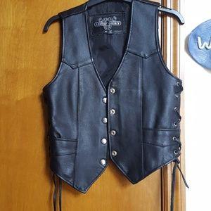 Ladies leather motorcycle vest